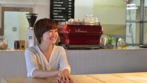 【CRAZY】オフィスも働き方も、自分たちの手で創っていく――CRAZY WEDDING創設者・山川咲さんインタビュー
